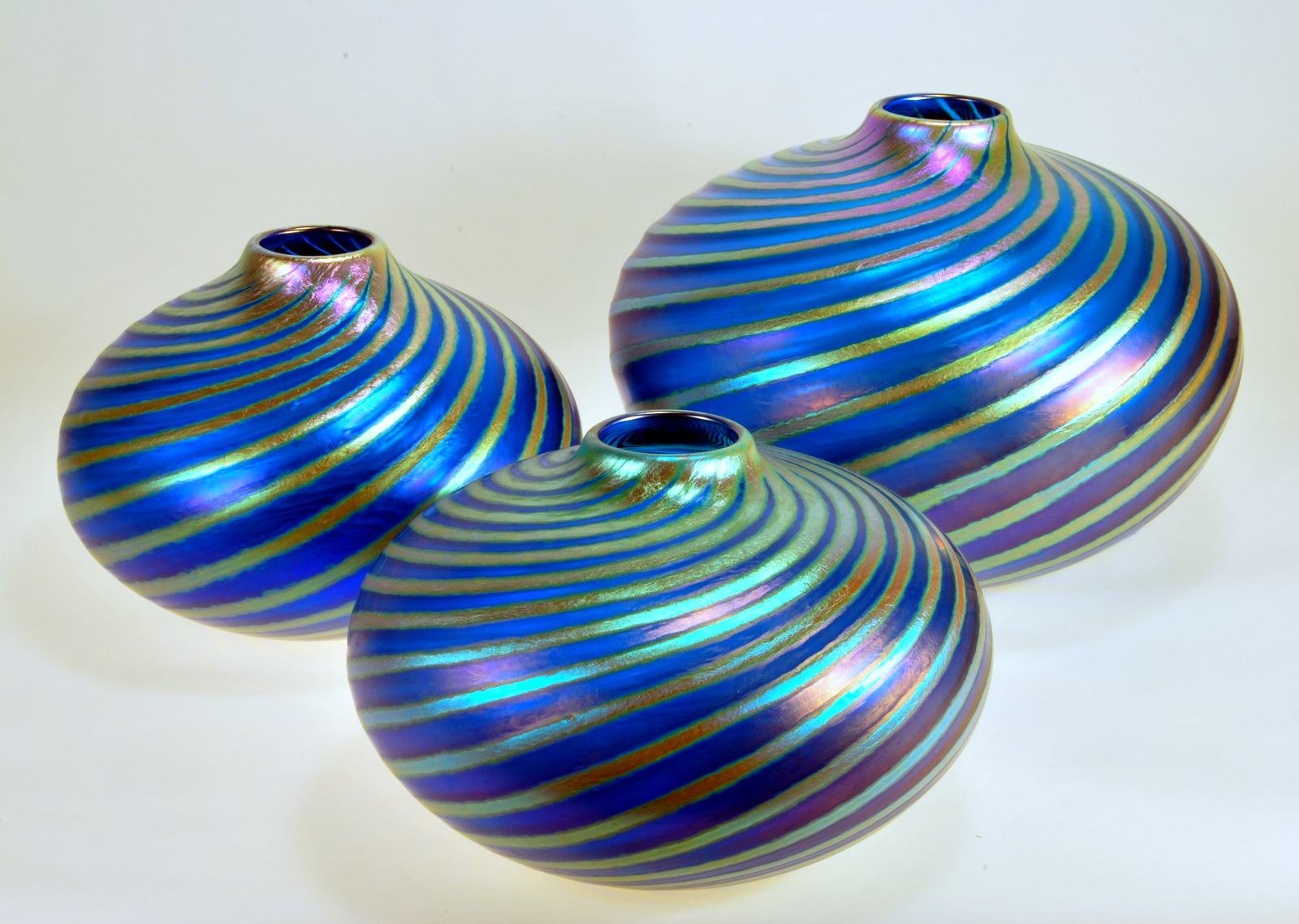 Peter_Vizzusi_glass_vessels_copy